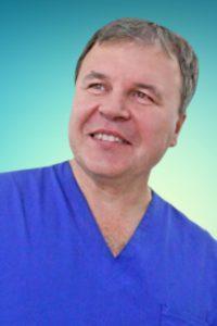 Углов Аркадий Иванович – кардиохирург, сосудистый хирург, флеболог