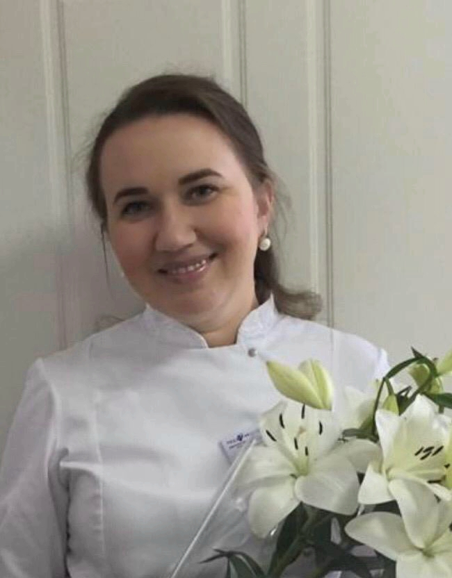 Наталья Геннадьевна Сивиринова - врач высшей  категории,  кардиолог