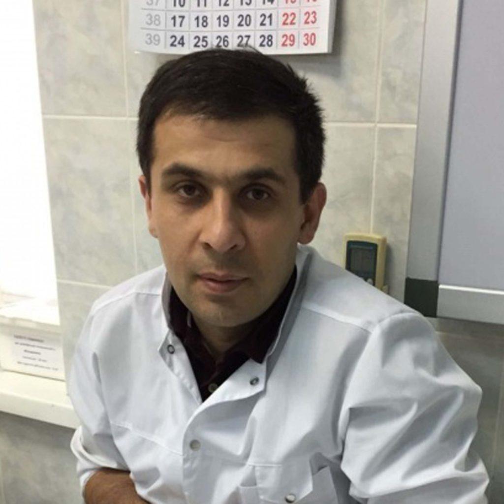 Биналиев Илимдар Олимович — детский хирург.   Эндоскопист. Врач  2 — й квалификационной категории
