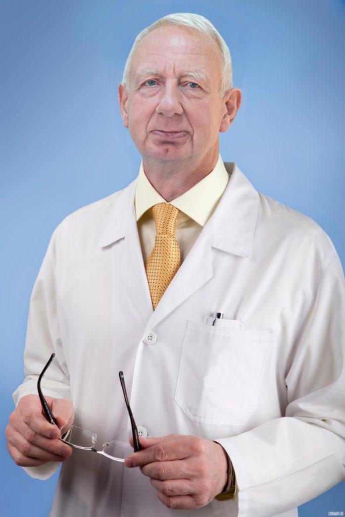 Владимир Архипович Молдованов. Нейрохирург. Врач