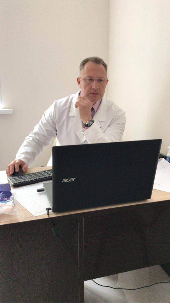 Детский хирург - Кацупеев В.Б. - врач высшей категории, ДМН. С 1985 г. работает по специальности